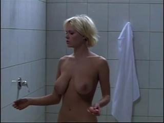 Big Tits Blonde  Natural Showers Vintage