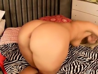 Ass European Italian Mom