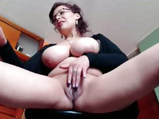 Big Tits Glasses Masturbating Mature Mom Pussy Webcam