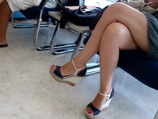 "great candid feet"" class=""th-mov"