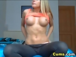 Busty Blonde Plays her Tight Ass free
