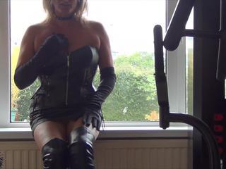 Slut back Leather