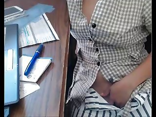 Amateur Masturbating Office Secretary