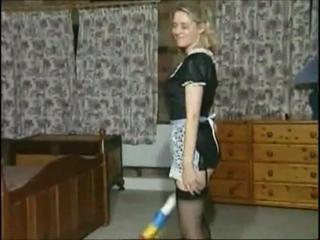 "Anja rub-down the low-spirited maid"" class=""th-mov"