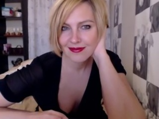 Mature Milf Blond Teasing on Web Cam