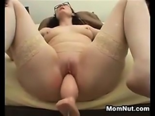 Amateur Glasses Machine Mature Mom Orgasm Shaved Stockings