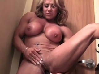 Female In person Cougar With A Big Clit