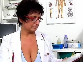 Mature woman doctor Danielle milking skinny boy sperm donor