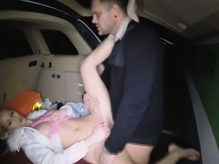 Lynna got dirty as she got fucked in broach parking lot