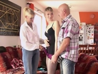 Daughter Family Mom Old and Young Threesome