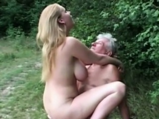 Natural huge titted floosie fucks grandpa ing�nue