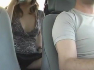 Gal masturbates inside the taxi