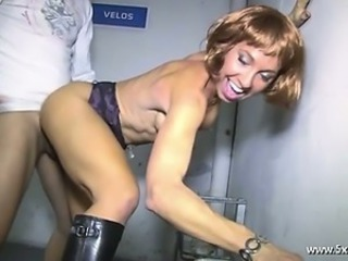 Isabelia a french mature analfucked into a car park