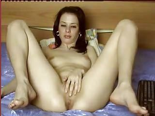 Elite PRIVATE CHAT RECORDED ROMANIAN CAM BABE 32