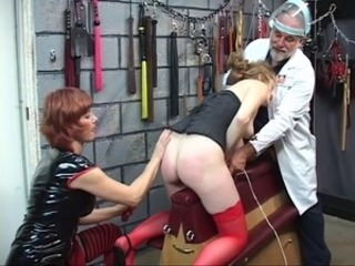 Slave gets her clit tickled pink by vibrator until she squirts about the stun