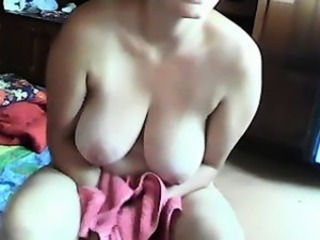 Stunning Mother from Milfsexdating.net