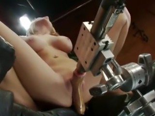 Sensual Blondie Is Trying be transferred to hard core Machine For A opening Time