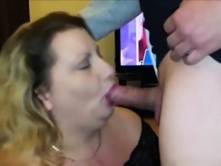 Amateur BBW blowing his cock and eating cum