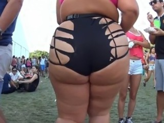 Amateur Ass   Outdoor Party Public