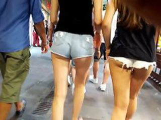 Two Chick's ass in Bodrum Street