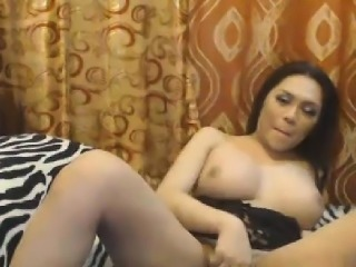 Alluring Shemale Stunner Fapping Cock Sinful