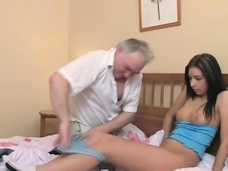 Sweet young seductress receives screwed lasting wits old penis