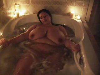 Amateur Bathroom Big Tits Chubby