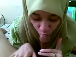 Amateur Arab Blowjob Clothed Homemade Pov Wife