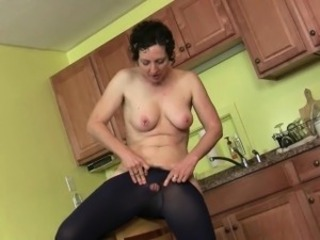 US milfs Lacy plus Artemisia exalt getting off in pantyhose