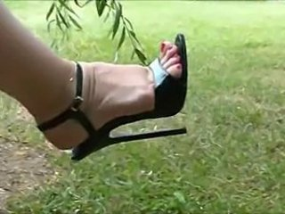 Feet Fetish Mature Outdoor