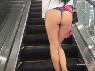 No pantiesMALL shopping public incandescent upskirt