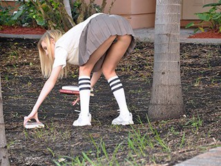 Mofos - Hot girl from class, Amanda Bryant