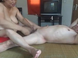 Chinese granny is having fun with grandpa Sex Tubes