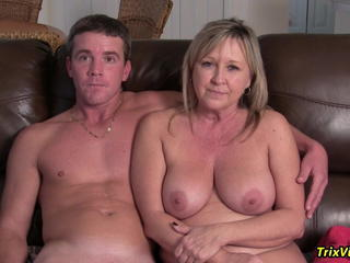 Big Tits Family Mature Mom Natural Old and Young