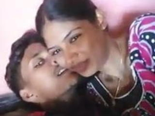 Madurai young couples kissing hot with tamil audio Sex Tubes