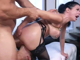 Hardcore Licking  Pornstar Threesome