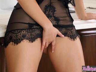 Twistys - Valentina Nappi starring at Italian Cooking With V Sex Tubes