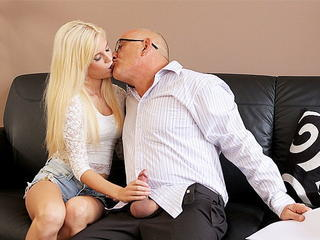 DADDY4K. Bald daddy stretches divine blonde Candee Licious.. Sex Tubes
