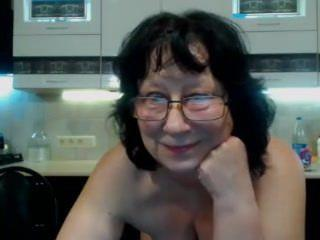 Amateur Masturbating Mature Webcam