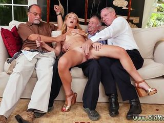Old blonde mature Frannkie And The Gang Tag Team A Door To Door Saleswoman