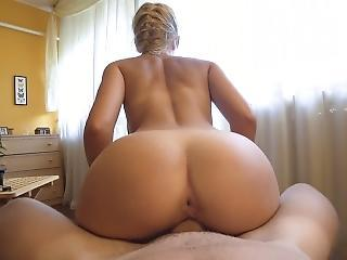 Perfect Body Teen Fucked After Some Reading - Morningpleasure