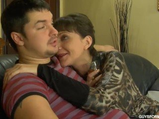 Brunette Family Mature Mom Old and Young