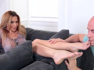 Subil arch perfect footjob