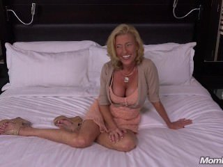 Big Tits Cash Casting Mature