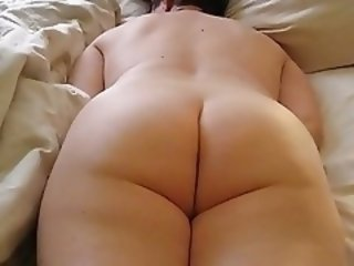 Watching 52yo Ann masturbate (Sunday #2) tickle comment