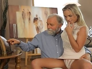 Vip4k. Old Dad Spends Wonderful Time Take Adorable Tow-haired