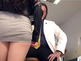 Lovemaking At The Office With Jizm On German Honeypot - Bums Buero
