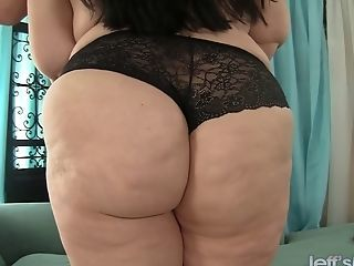 Beautiful Bbw Becki Butterfly Is Fucked And Licks Jizm