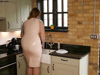 Family Kitchen Latex Mature