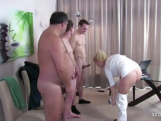 German Female MILF Doctor Kissi Kiss Group Sex handy Check Up